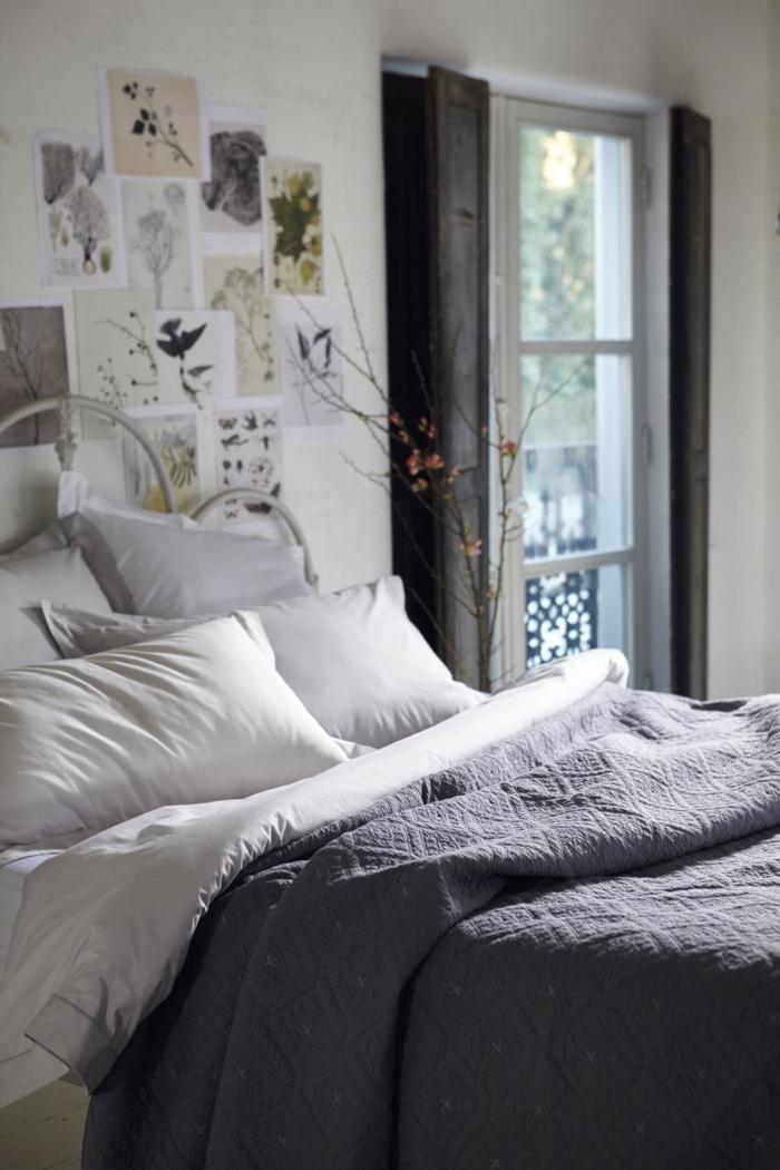 confort-sur-le-lit-la-taie-d-oreiller-tête-d-oreiller-la-chambre-à-coucher-confort