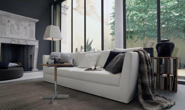 cosy-salle-de-séjour-canapé-convertible-beau-en-blanc-confortable