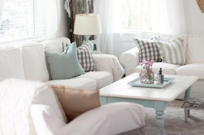 cosy-salle-de-séjour-canapé-convertible-confortable-blanc