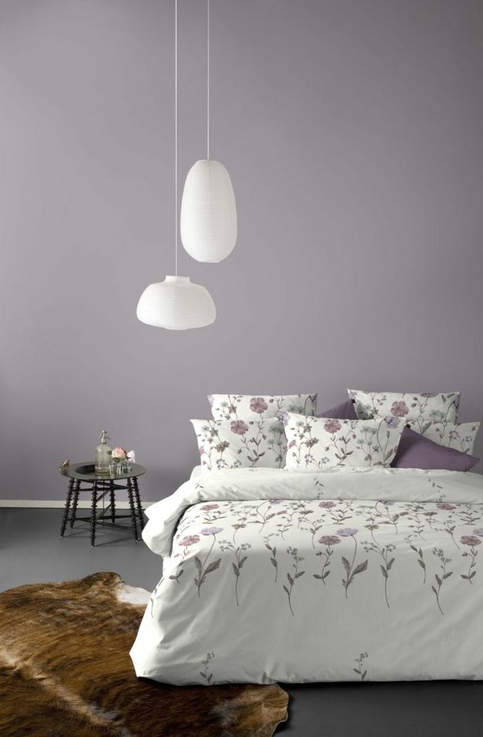 couleur-parme-violet-couleur-idées-déco-salon-chambre-à-coucher