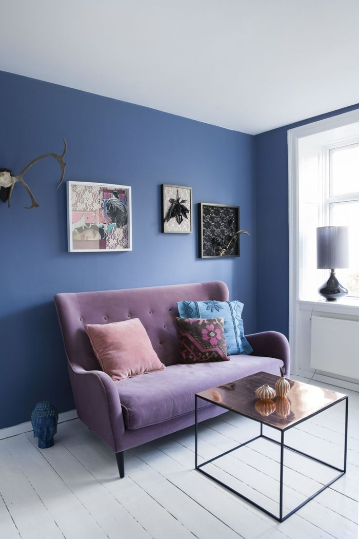 couleur-parme-violet-couleur-idées-déco-salon-cool