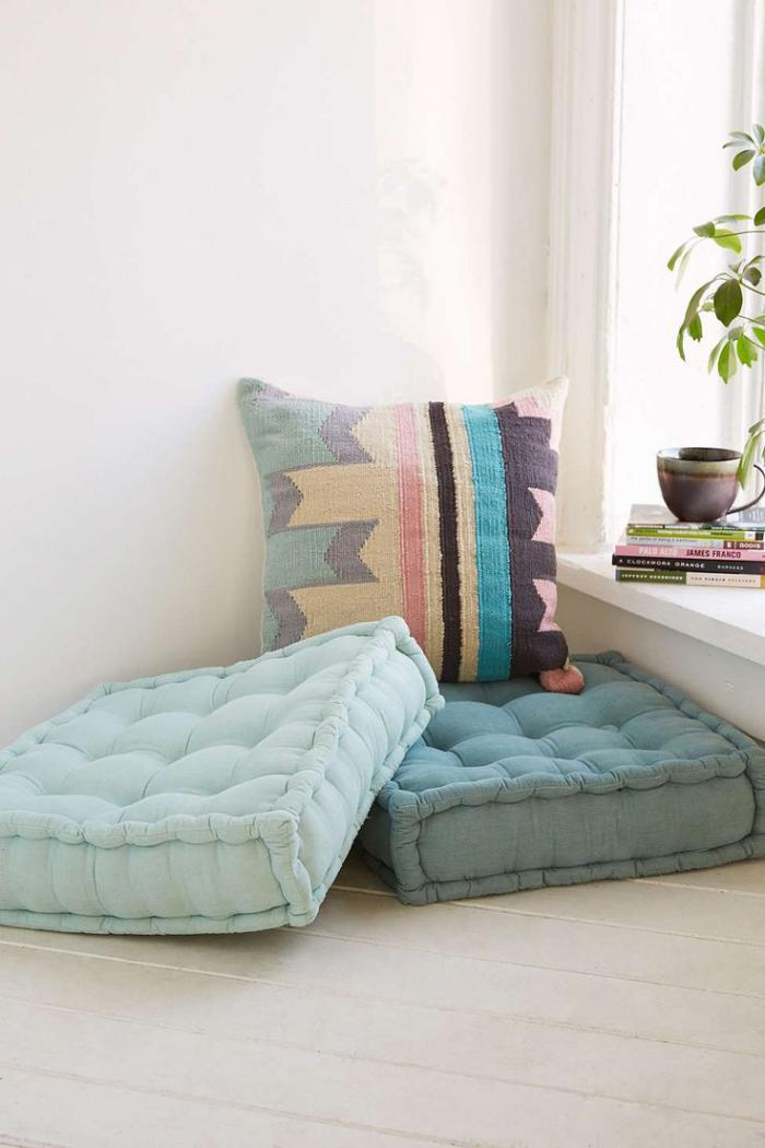 Les coussins de sol ajouter du charme l 39 int rieur for Floor cushion seating ideas