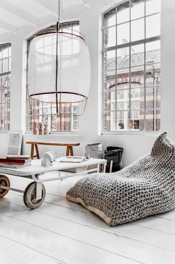 coussins-de-sol-pouf-géant-crocheté-intérieur-industriel-et-scandinave