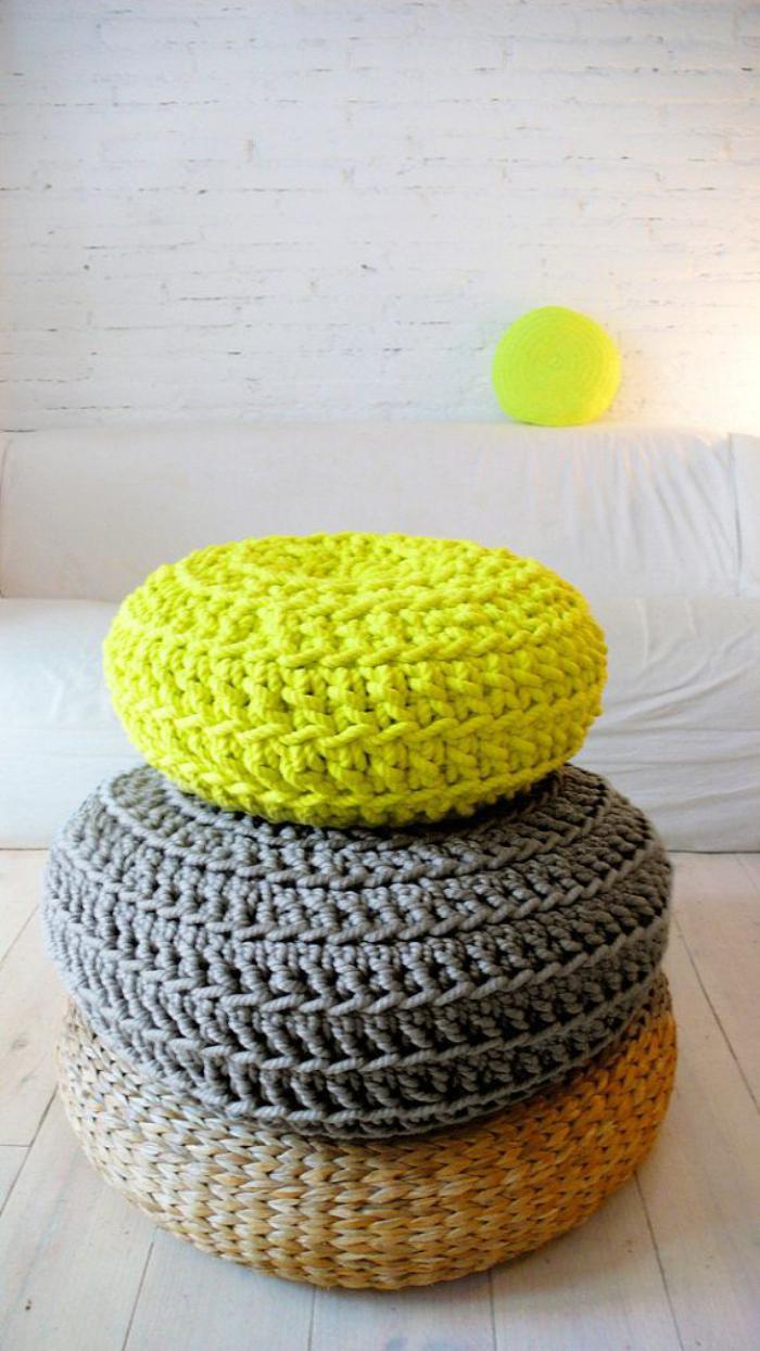 coussins-de-sol-poufs-à-crochet-originaux