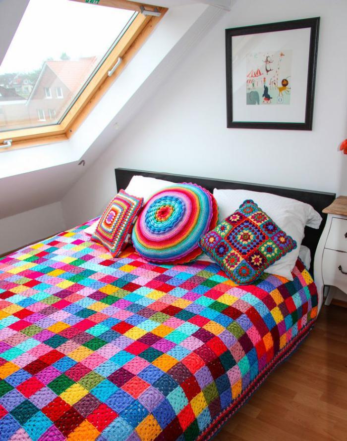 couverture-patchwork-plaid-pour-lit-multicolore