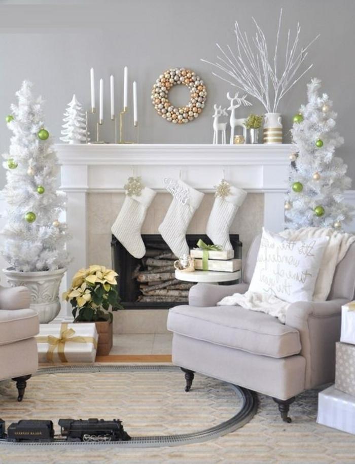 déco-noël-pour-votre-maison-intérieur-déco-table-noël-interieur-blanc