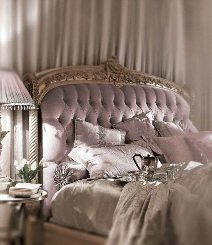 déco-salle-de-séjour-en-violet-claire-couleur-parme-la-chambre-à-coucher