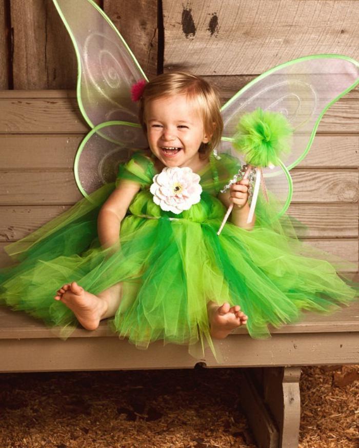 déguisement-fée-clochette-en-tulle-avec-grandes-ailes-de-papillon