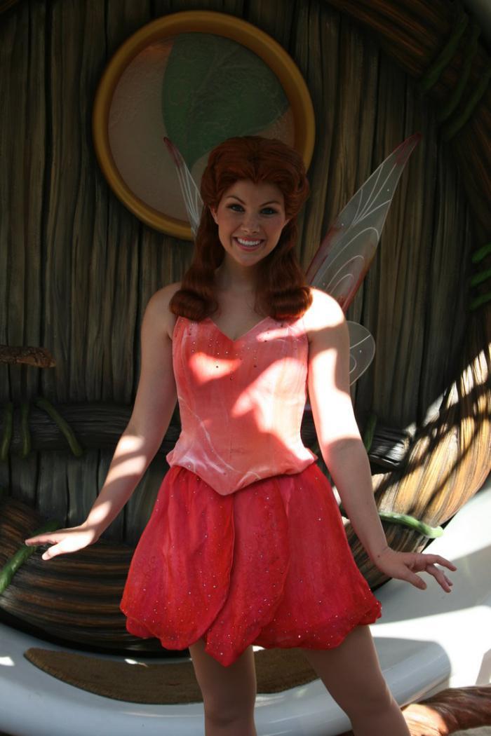 déguisement-fée-clochette-s-habiller-comme-une-fée-merveilleuse
