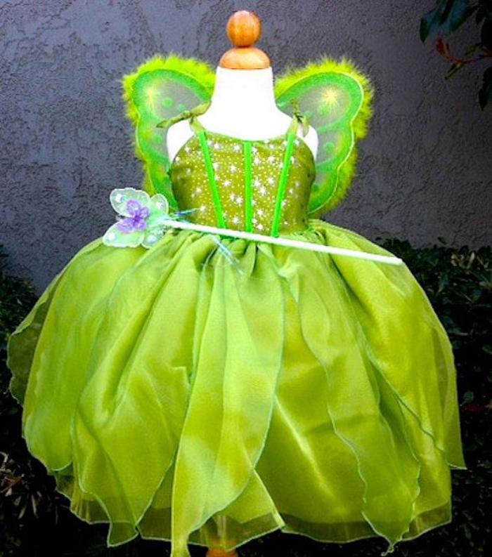 déguisement-fée-clochette-splendide-avec-baguette-magique