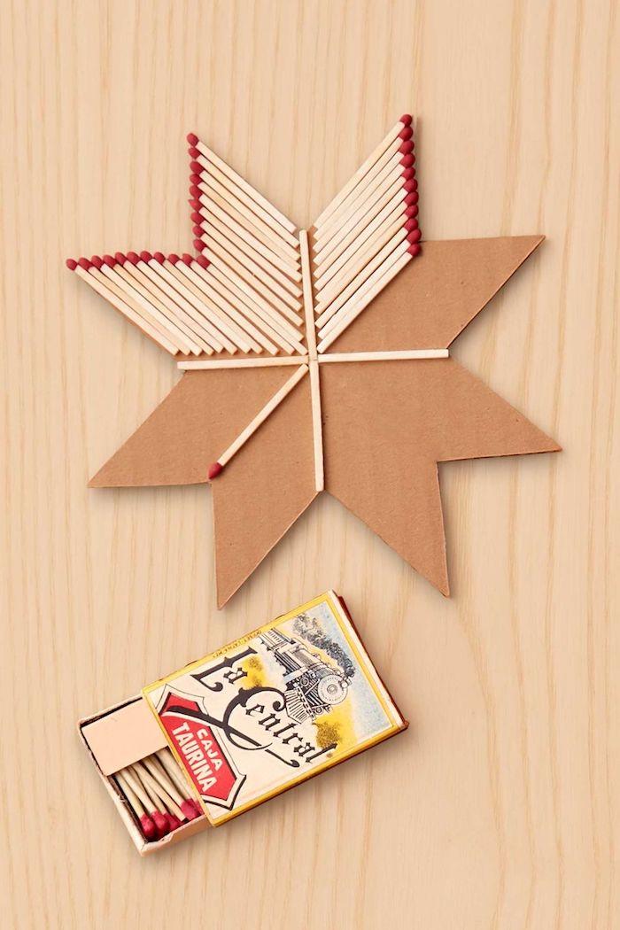 allumettes pour décorer une etoile de noel en bois, idee deco de noel en bois originale a faire soi meme