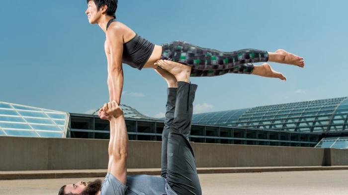 exercice-de-yoga-pilates-exercices-pratiques-position-difficile