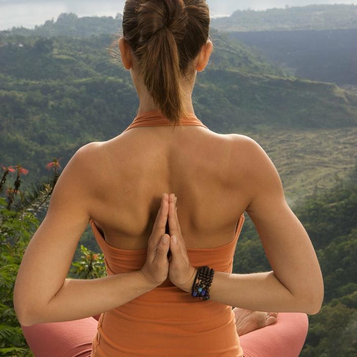 exercise-yoga-cool-idée-magnifique-position-cool