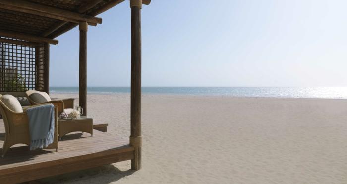 extérieur-meubles-en-palettes-idée-design-veranda-sur-le-plage