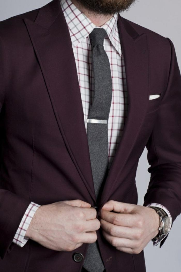 faire-un-noeud-de-cravate-coutume-beau-coutume-bordeaux