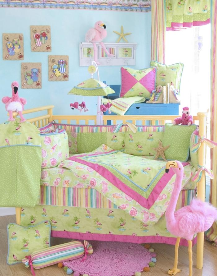 flamingo-rose-idée-chambre-bébé-fille-linge-de-lit-bébé-fille-verte-chambre