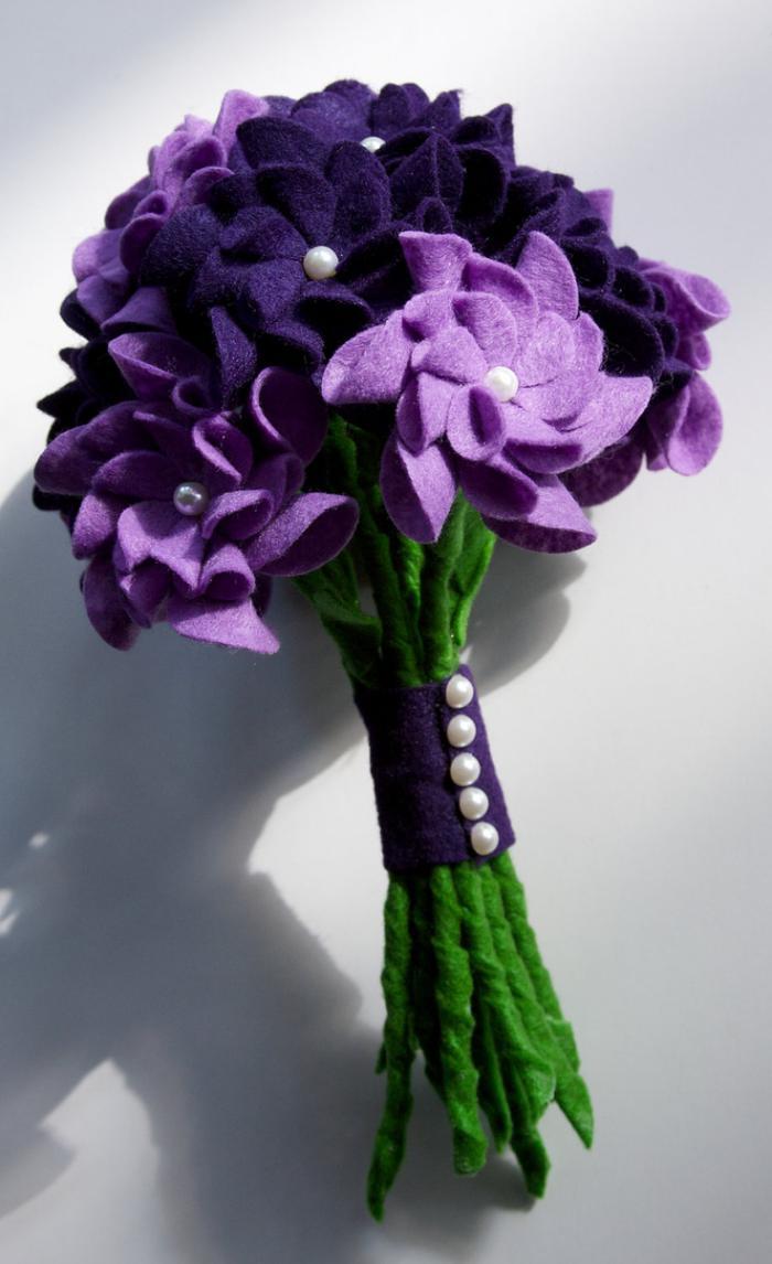 fleurs-en-feutrine-bouquet-de-fleurs-en-feutre