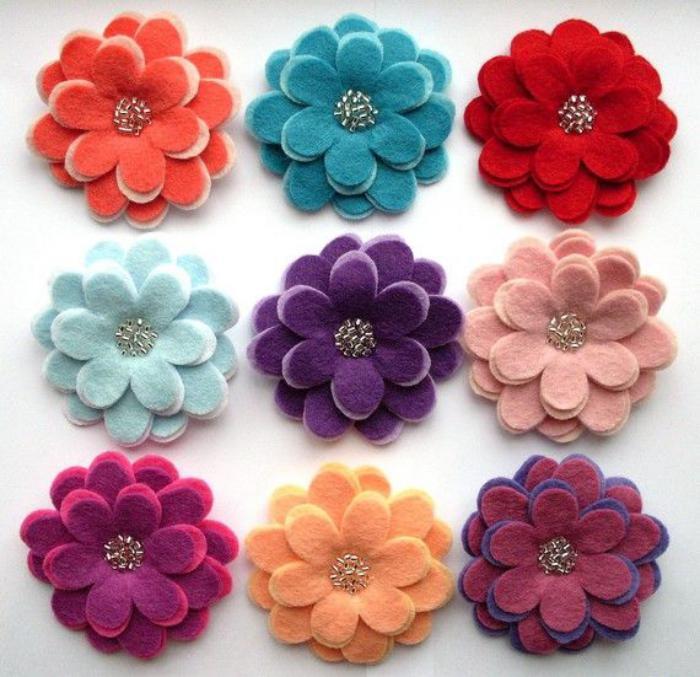 fleurs-en-feutrine-fleurs-multicolores