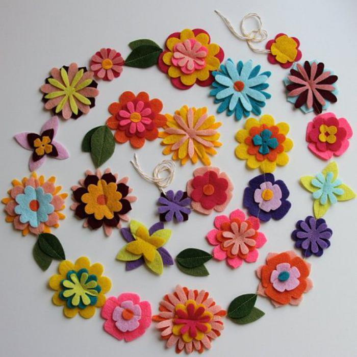 fleurs-en-feutrine-guirlande-de-fleurs-en-feutrine