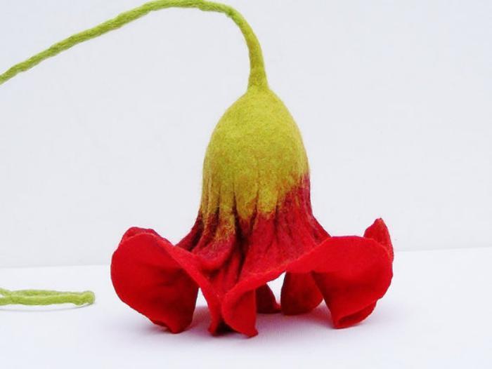 fleurs-en-feutrine-le-coquelicot-rouge