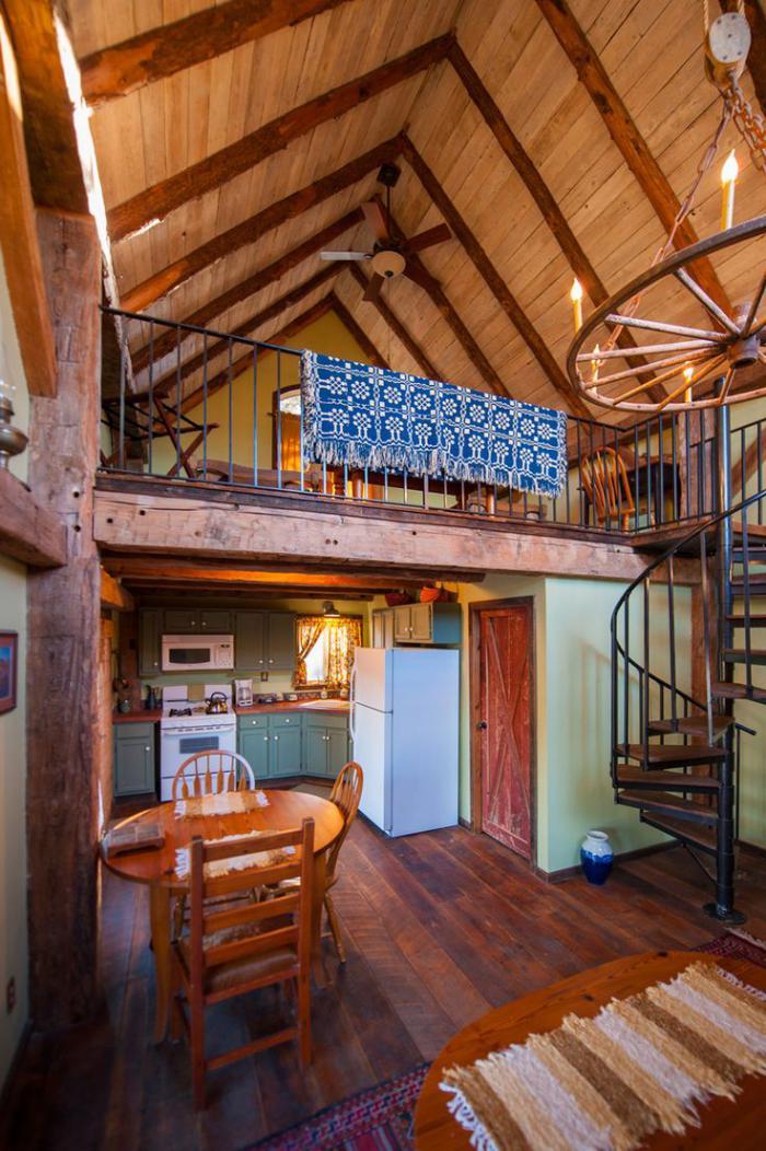 Salle De Bain Orientale Design : Le garde corps mezzanine – jolies idées pour lofts avec mezzanine