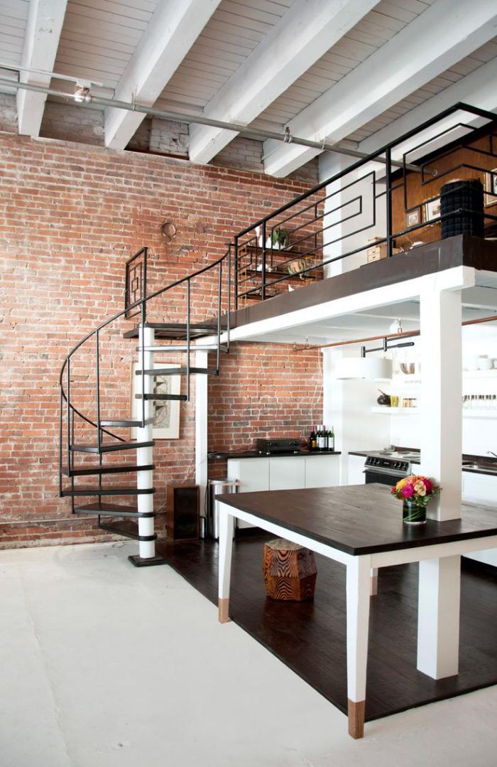 garde-corps-mezzanine-intérieur-loft-industriel-rambarde-d'escalier-fer