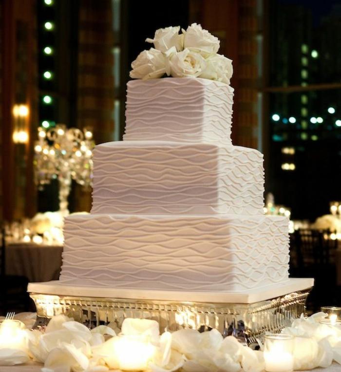gateau-original-gateau-de-mariage-pièce-montée-coux-mariage-weddin-cake-en-vanille