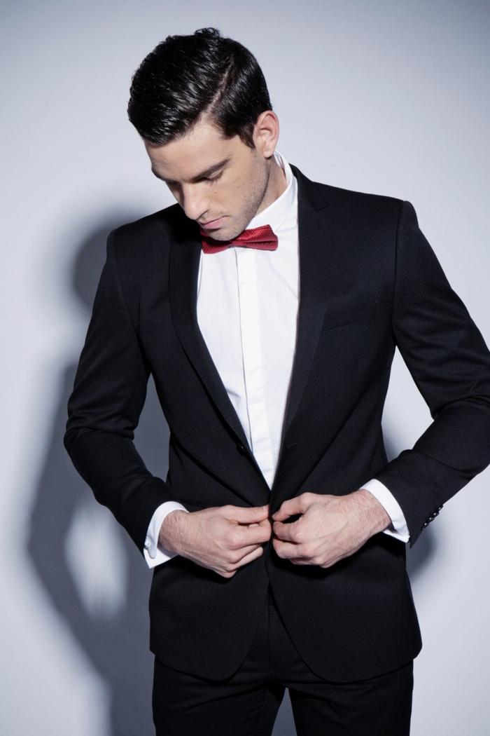 homme-chic-élégance-classique-idée-tenue-coutume-noir-chemise-blanche