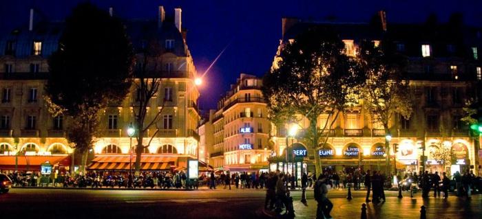 idée-balade-romantique-paris-balade-velo-paris-beauté-en-nuit