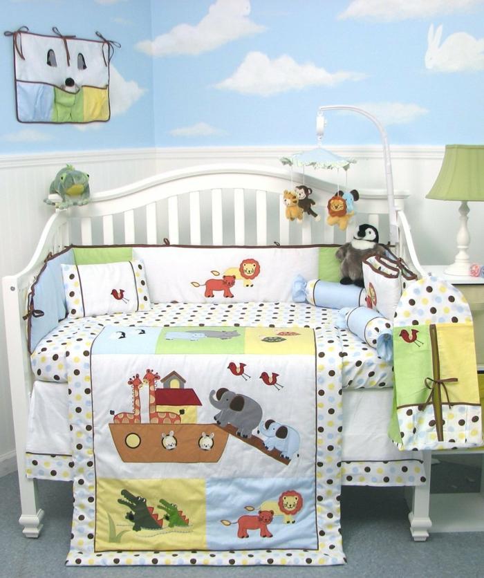 idée-chambre-bébé-fille-linge-de-lit-bébé-fille-jouer
