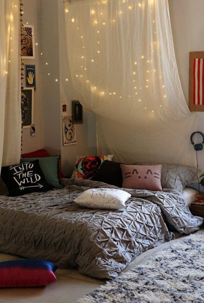 idée-chambre-déco-ado-belle-design-intérieur-coussinets