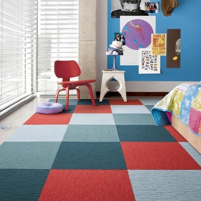 idée-tapis-chambre-fille-coloré-décoration-rouge