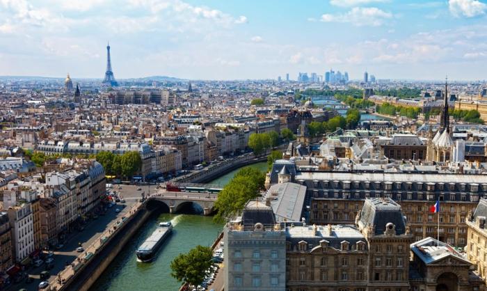idées-où-se-balader-à-paris-belles-vues-rue-parisienne-cool-ile-de-la-cité