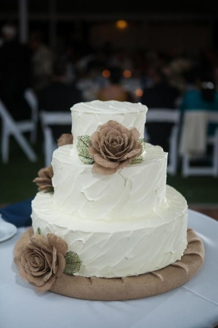 joli-gateau-de-mariage-pièce-montée-coux-mariage-decoration-blanche ...