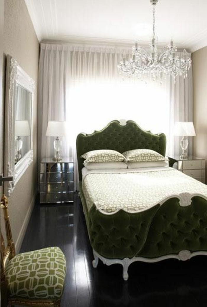 Les meilleures variantes de lit capitonn dans 43 images - Comment mettre le tour de lit ...