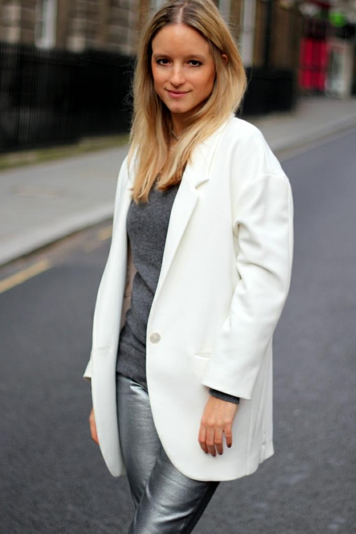 joli-manteau-officier-femme-manteau-zara-femme-de-couleur-blan-pour-les-filles-modernes