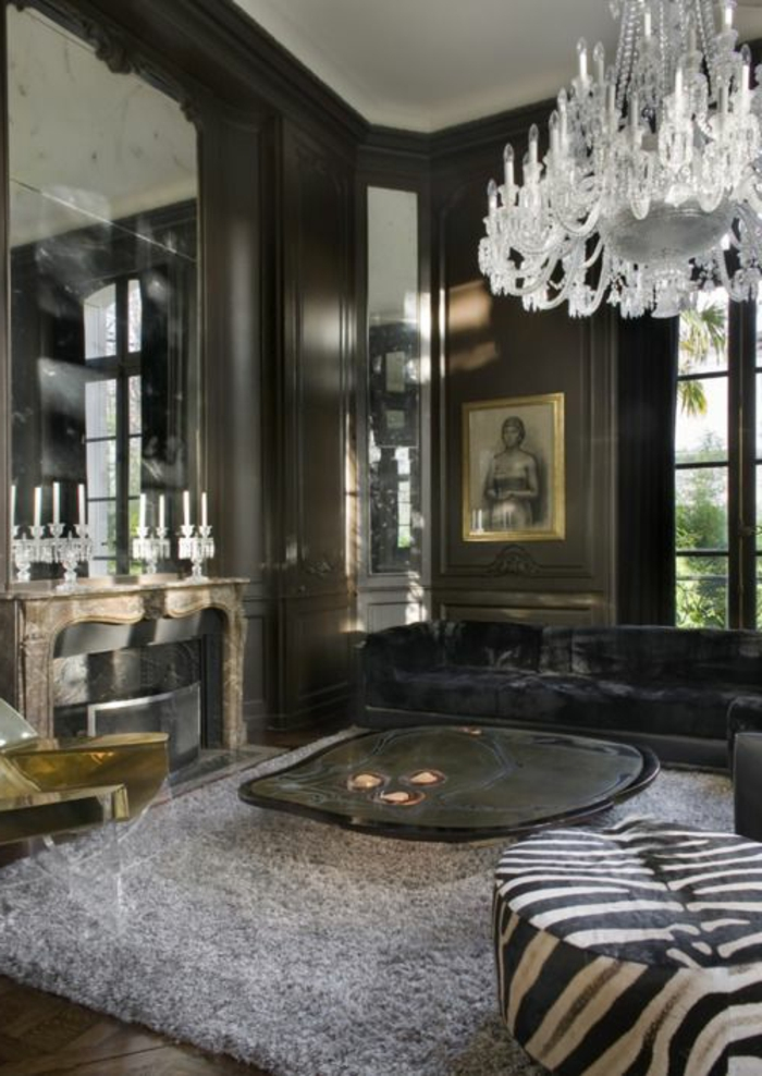 joli-salon-moderne-avec-fauteuil-zebre-petit-fauteuil-crapaud-et-tapis-gris-dans-le-salon-moderne