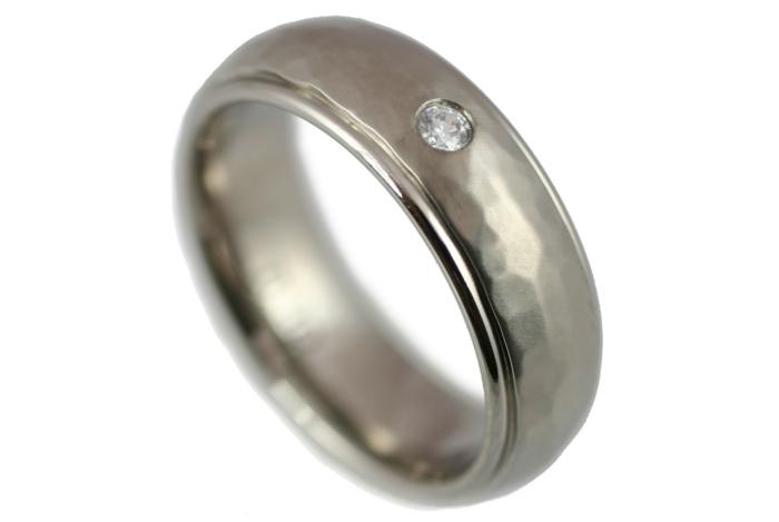 jolie-bague-de-mariage-femme-avec-diamant-bague-de-mariage-cartier ...