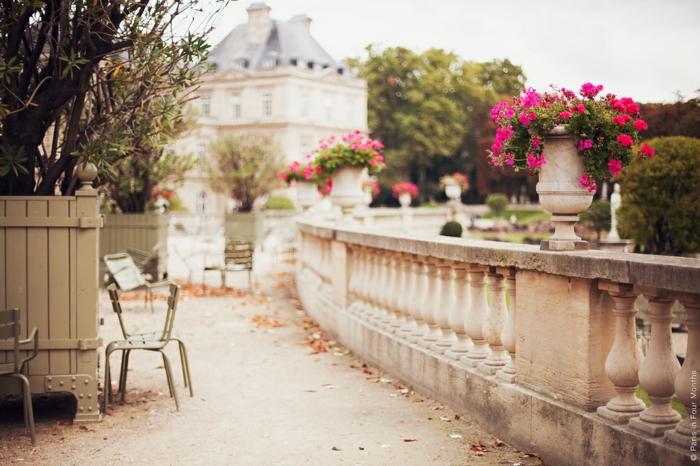 jolie-balade-dans-paris-balade-à-paris-balade-à-pied-dans-paris-beauté-terrasse