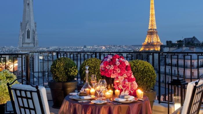 jolie-balade-dans-paris-balade-à-paris-balade-à-pied-dans-paris-la-tour-eiffel-vue-de-terasse-de-hotel
