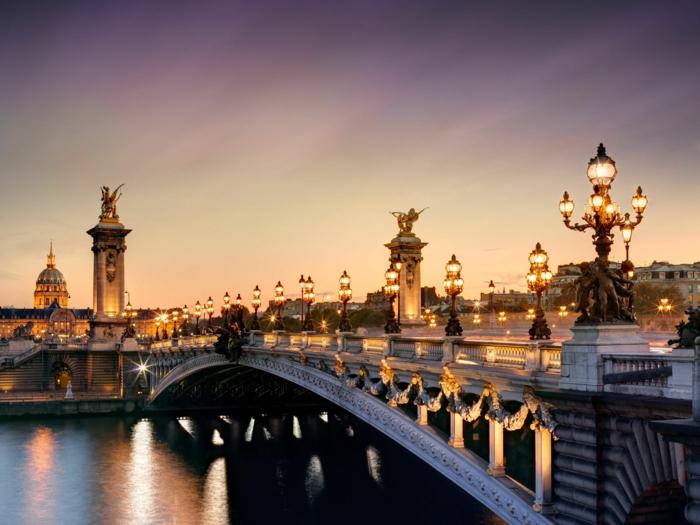 jolie-balade-dans-paris-balade-à-paris-balade-à-pied-dans-paris-pont-au-coucher-du-soleil
