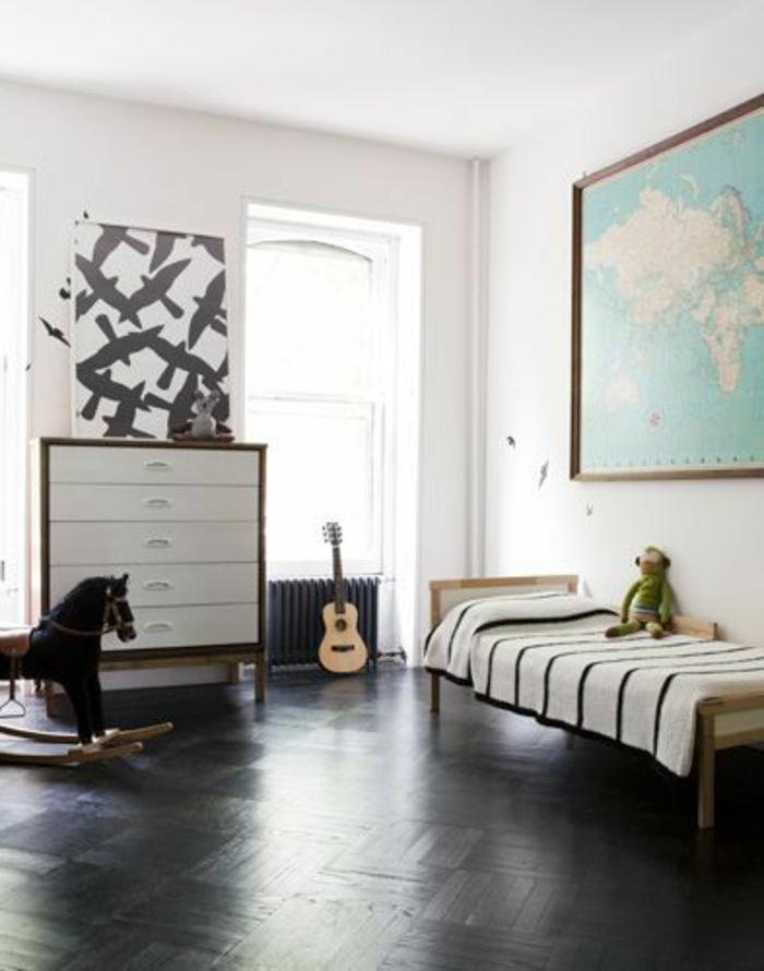 Le parquet noir en 45 super photos for Chambre baroque noir et blanc
