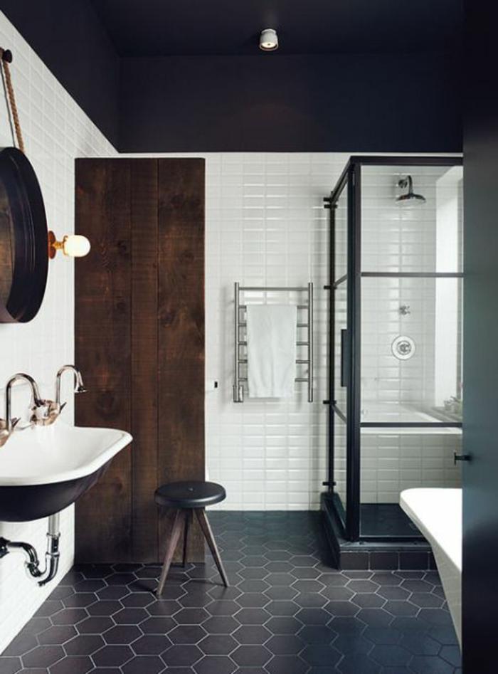 Vous cherchez des id es pour un carrelage noir et blanc - Renover plafond salle de bain ...
