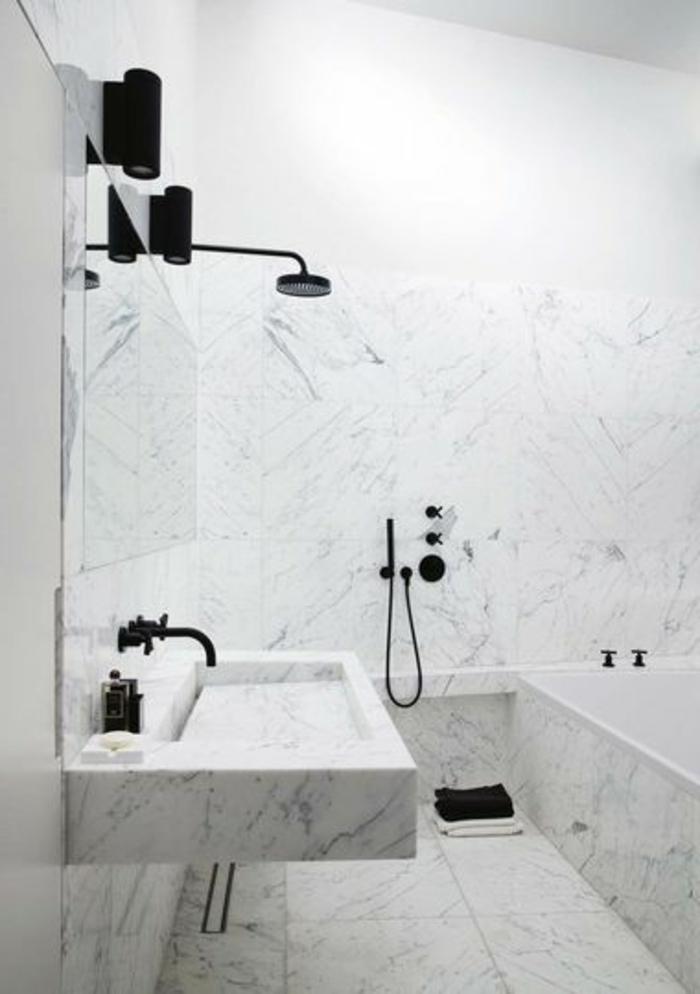 Beaucoup d 39 id es en photos pour la salle de bain en marbre - Jolie salle de bain italienne ...