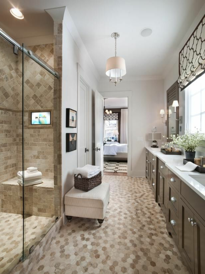 Beaucoup d 39 id es en photos pour une salle de bain beige - Sol mosaique salle de bain ...
