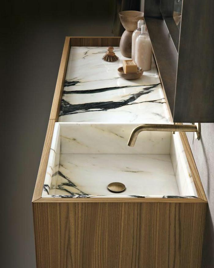 jolie-salle-de-bain-en-mabre-blanc-modeles-salles-de-bains-en-marbre-comment-bien-amenager-la-salle-de-bain