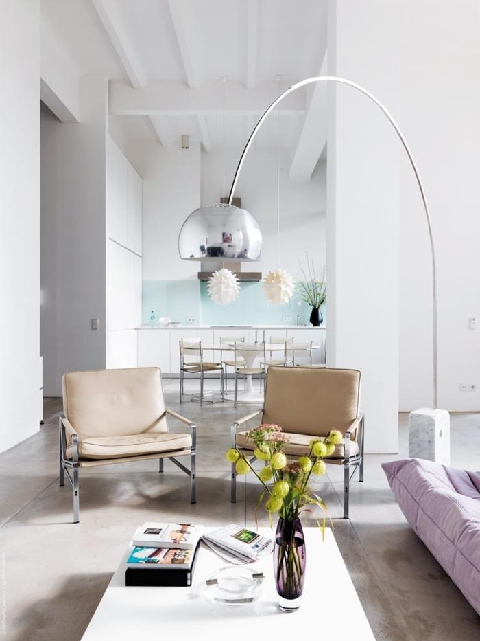 la-décoration-de-votre-salon-bien-aménagé-lampedaire-design-intérieur