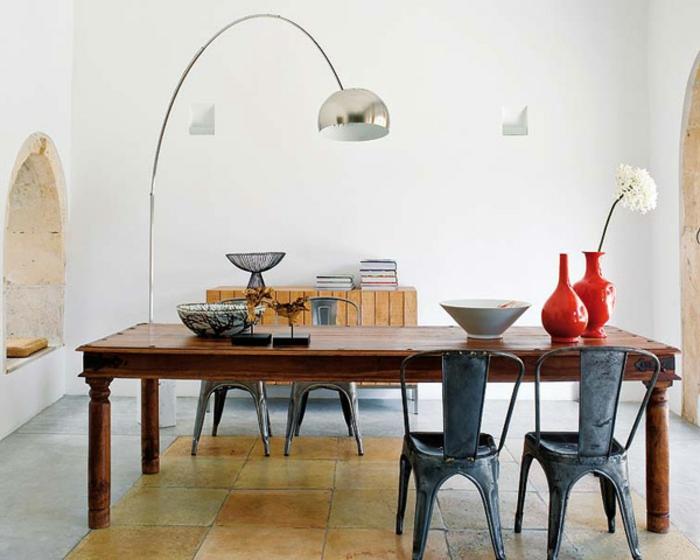 la-décoration-de-votre-salon-bien-aménagé-lampedaire-design-lampadaire-salon
