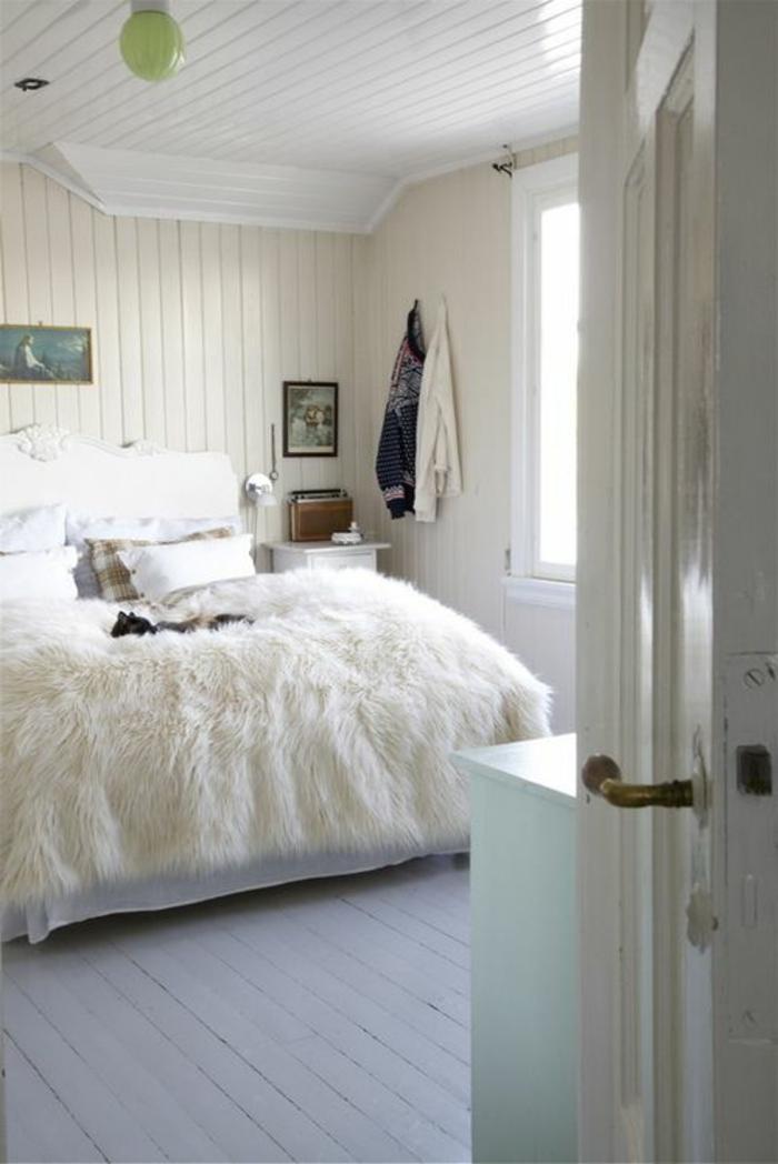 la-plus-belle-chambre-a-coucher-blanche-avec-plaid-fausse-fourrure-pas-cher-blanche