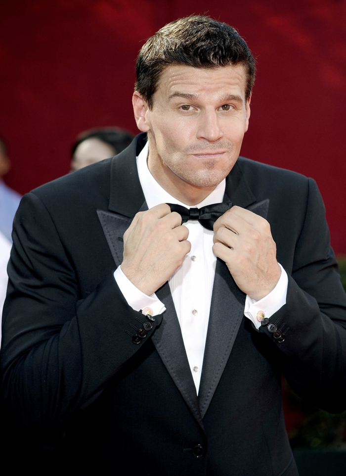 LOS ANGELES, CA - SEPTEMBER 20: Actor David Boreanaz arrives at the 61st Primetime Emmy Awards held at the Nokia Theatre on September 20, 2009 in Los Angeles, California. (Photo by Frazer Harrison/Getty Images)